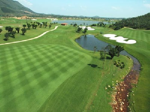 Cavite Tagaytay Highlands International Highlands Course
