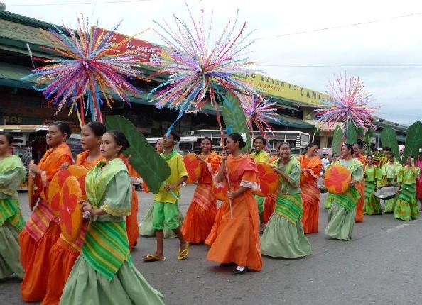 Tarlac iniruban festival